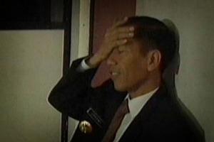 Ekspresi-Jokowi-Saat-Pusing